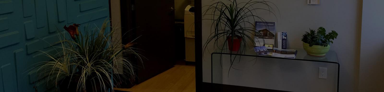 marks-associates-office1